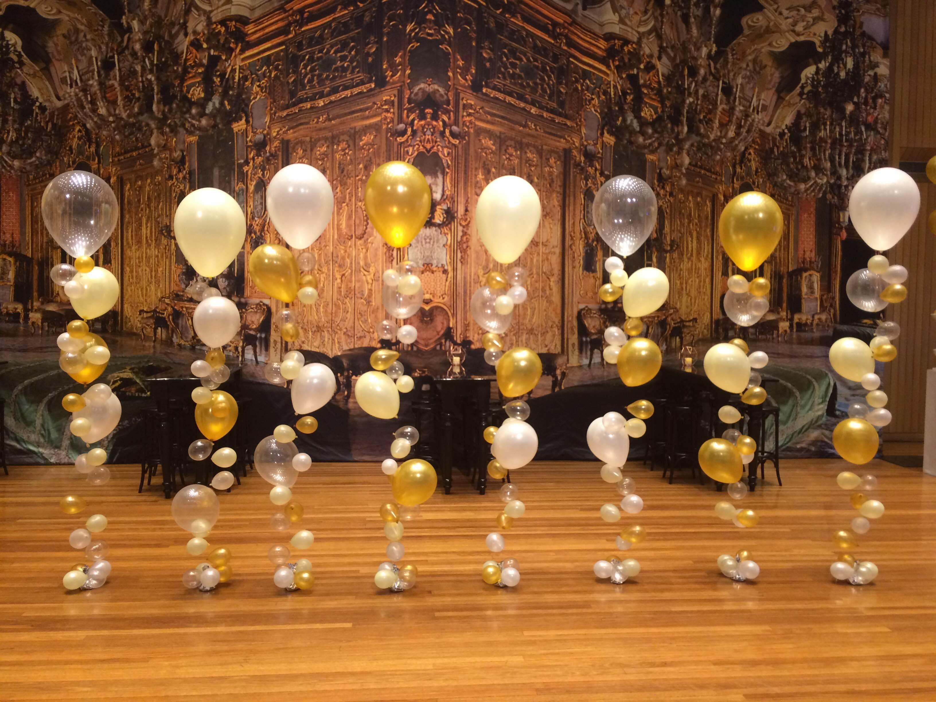 bubble strands with a great gatsby theme bubble strand balloon