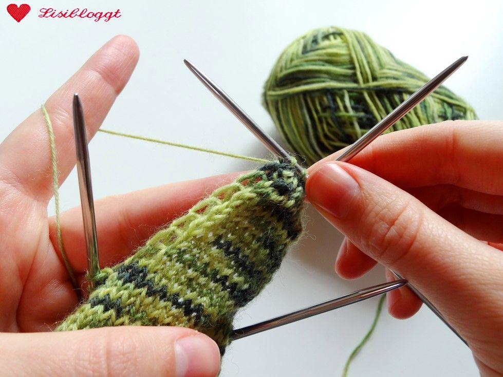 Photo of Anleitung: Einfache Baby-Socken stricken