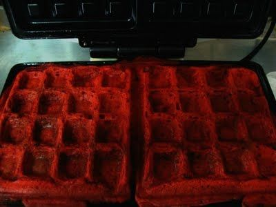 RED VELVET WAFFLES. PAIR WITH FRIED CHICKEN + JALAPENO MAPLE SYRUP FOR A LITTLE ZAZA // THANKS @JessicaAragon FOR THE RECIPE