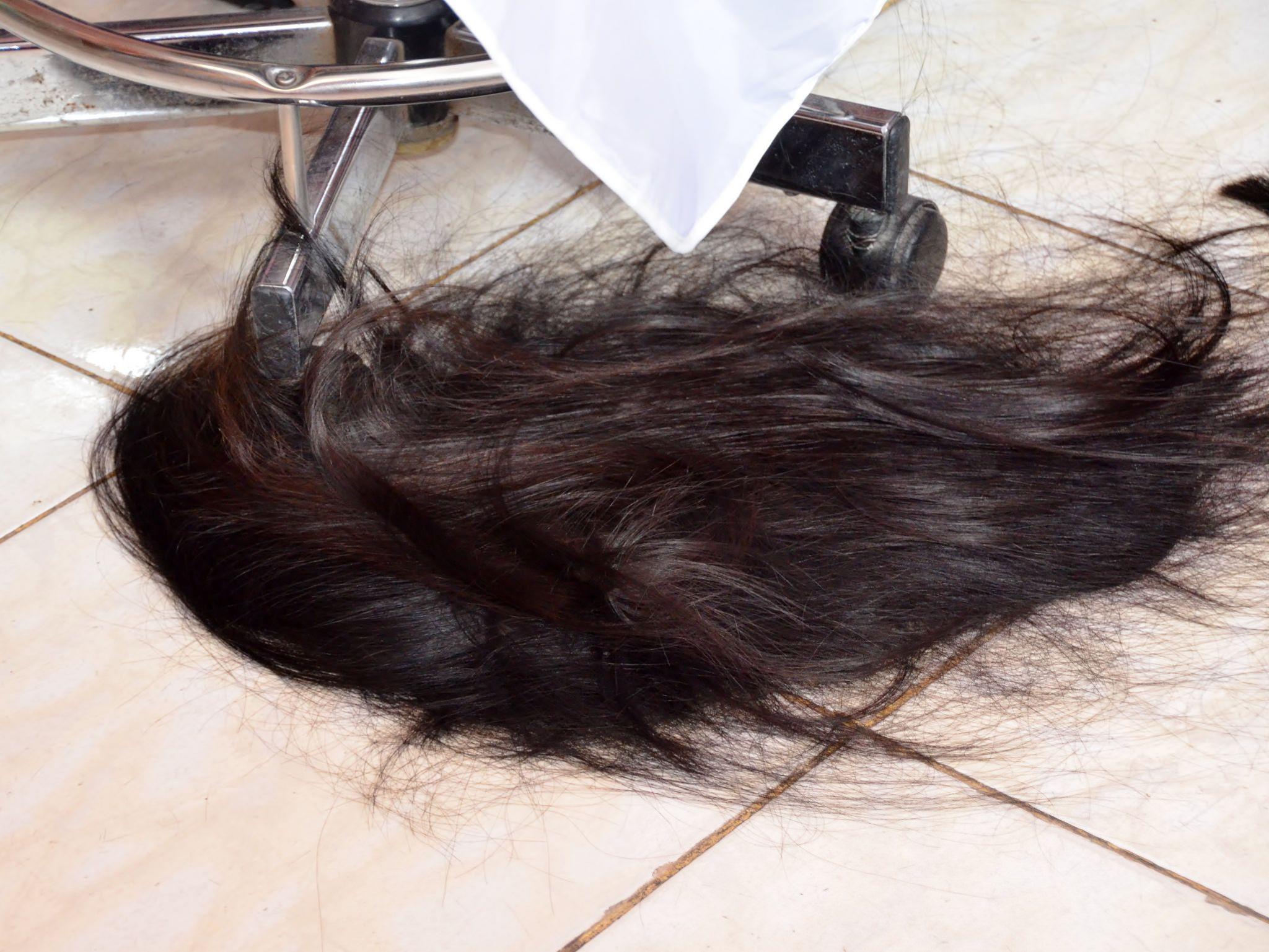 how to cut long hair