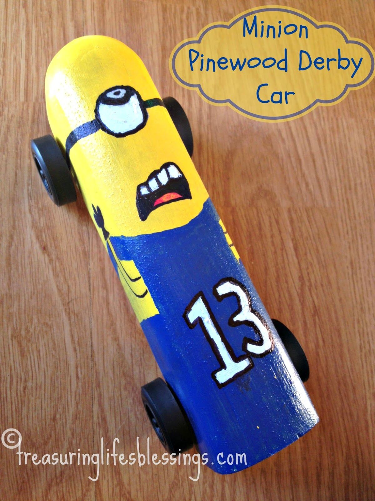 Treasuring Life's Blessings: Minion Pinewood Derby Car
