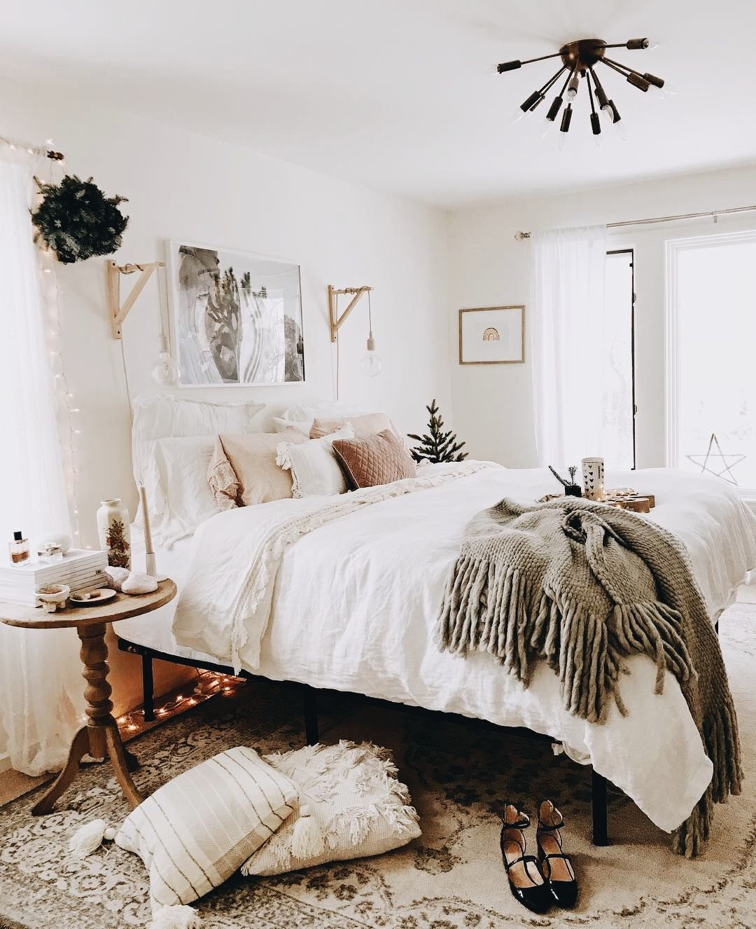 Pin By Right Side Of Twenty Mid Twe On Interior Home Decor Bedroom Beautiful Bedroom Decor Home Decor