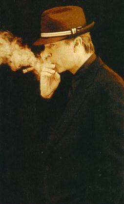 smokingcelebs: Sam Neill