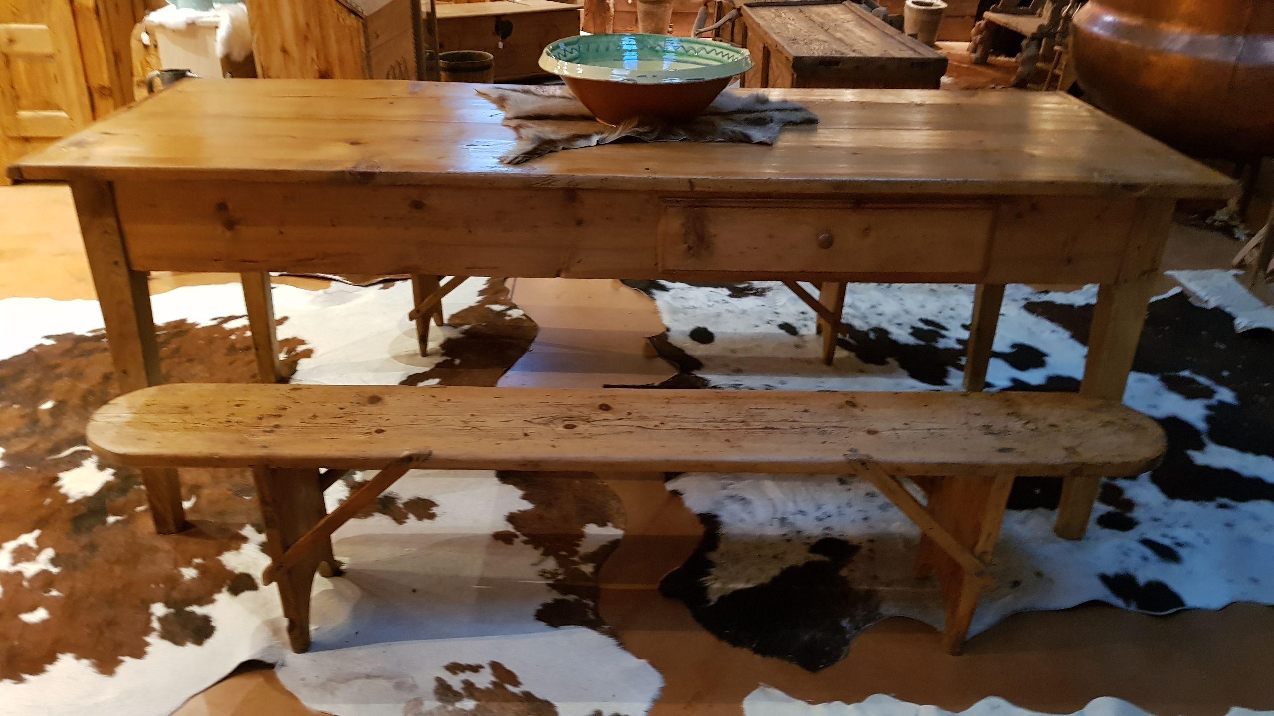Table De Ferme Ancienne Val D Arly Arolle Antiquite Deco Cuisine