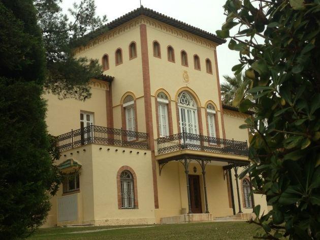 Hoy me he venido hasta el colegio de aparejadores - Arquitectos interioristas malaga ...