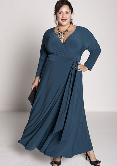 56368241 Festkjoler Store Størrelser Claire de Lune wrap kjole i krikand ...