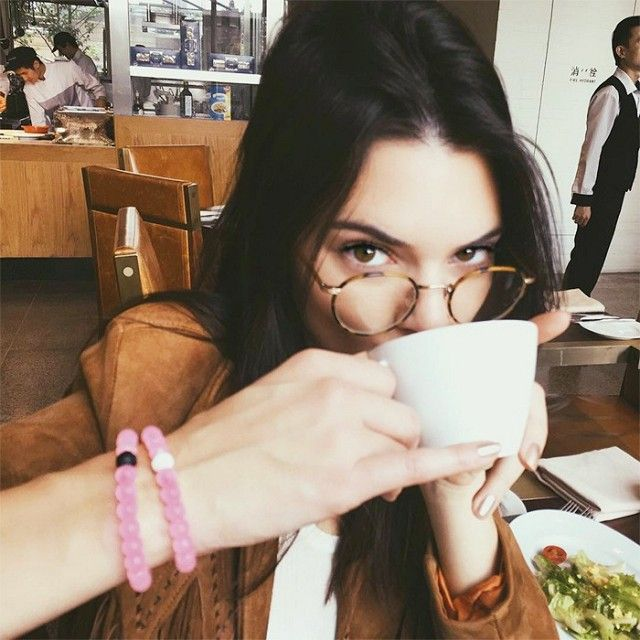 6edbafc61ad Kendall Jenner is making us REALLY want a pair of glasses right now.