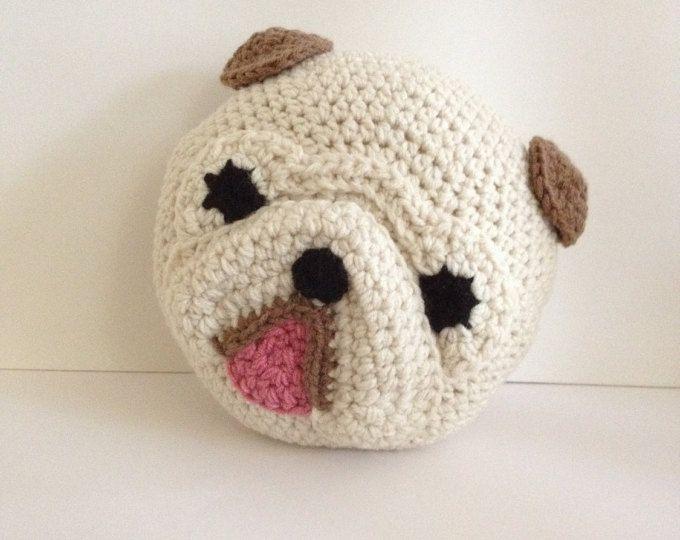 Crochet penguin pillow | crochet | Pinterest | Él es, Sitios y ...