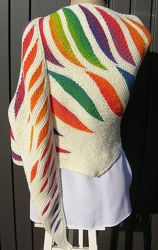 Photo of Flame Shawl pattern by Regina Schoenfeldt