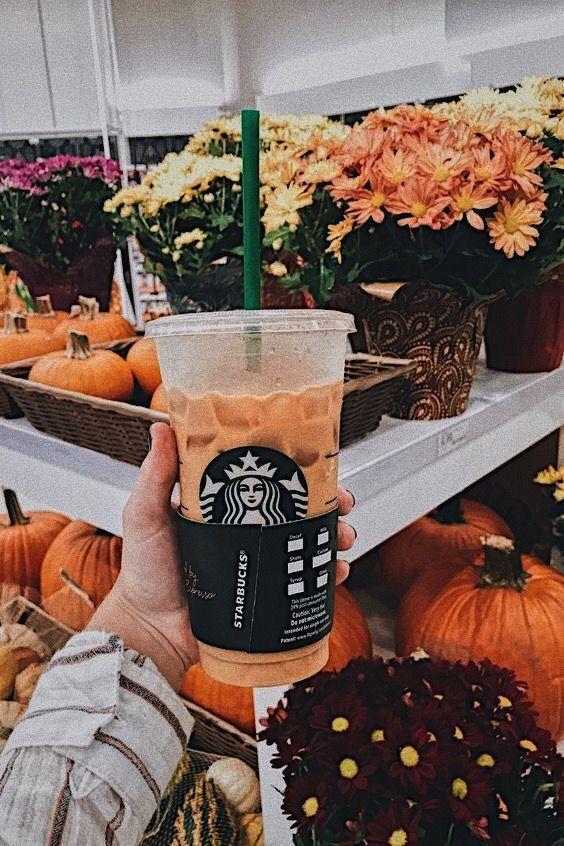 Pin by 𝕤𝕪𝕕𝕟𝕖𝕪 on ᴀᴜᴛᴜᴍɴ Starbucks, Winter aesthetic