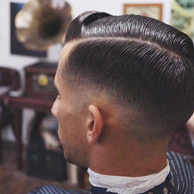 Such An Inspiring Trip Back To Miami Let S Keep It Classy Hair Barber Hairstyle Hairstylist Barbermiami Miami Miamibar Haarschnitt Haare Schnittchen