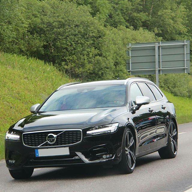 Volvo Xc90 R Design Black Interior