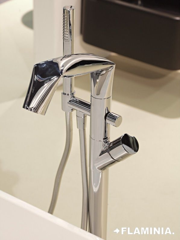 Rubinetteria E Accessori.Rubinetteria E Accessori Taps And Accessories Fold L