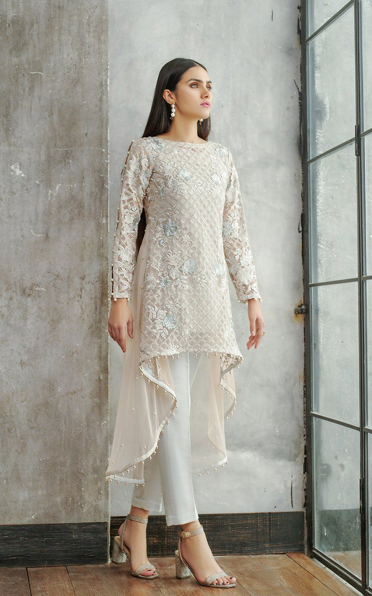 Front And Sleeves Net Embroidered Tail Style Shirt With Embroidered Yoke At Back And Pearls Embelli Dress Indian Style Fashion Dresses Pakistani Formal Dresses