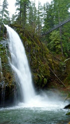 Drift Creek Falls North Of Depoe Bay On Highway 101 You Ll Pass By The Salishan Golf Course Turn Right Just P Oregon Waterfalls Oregon Travel Explore Oregon