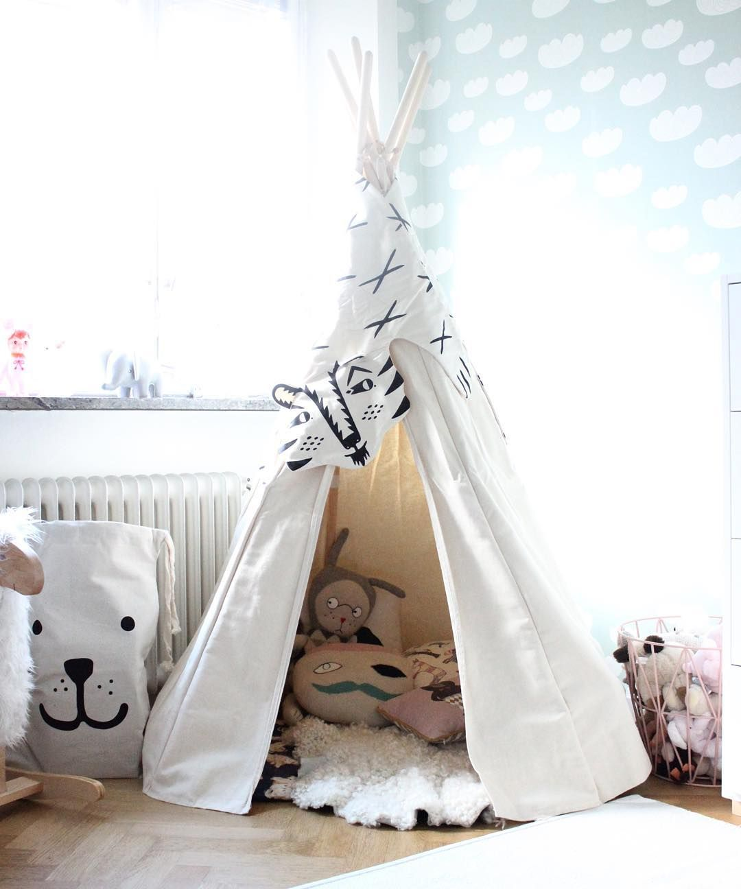A new Tipi Tent in the kidsroom & A new Tipi Tent in the kidsroom | Someday | Pinterest | Kidsroom ...