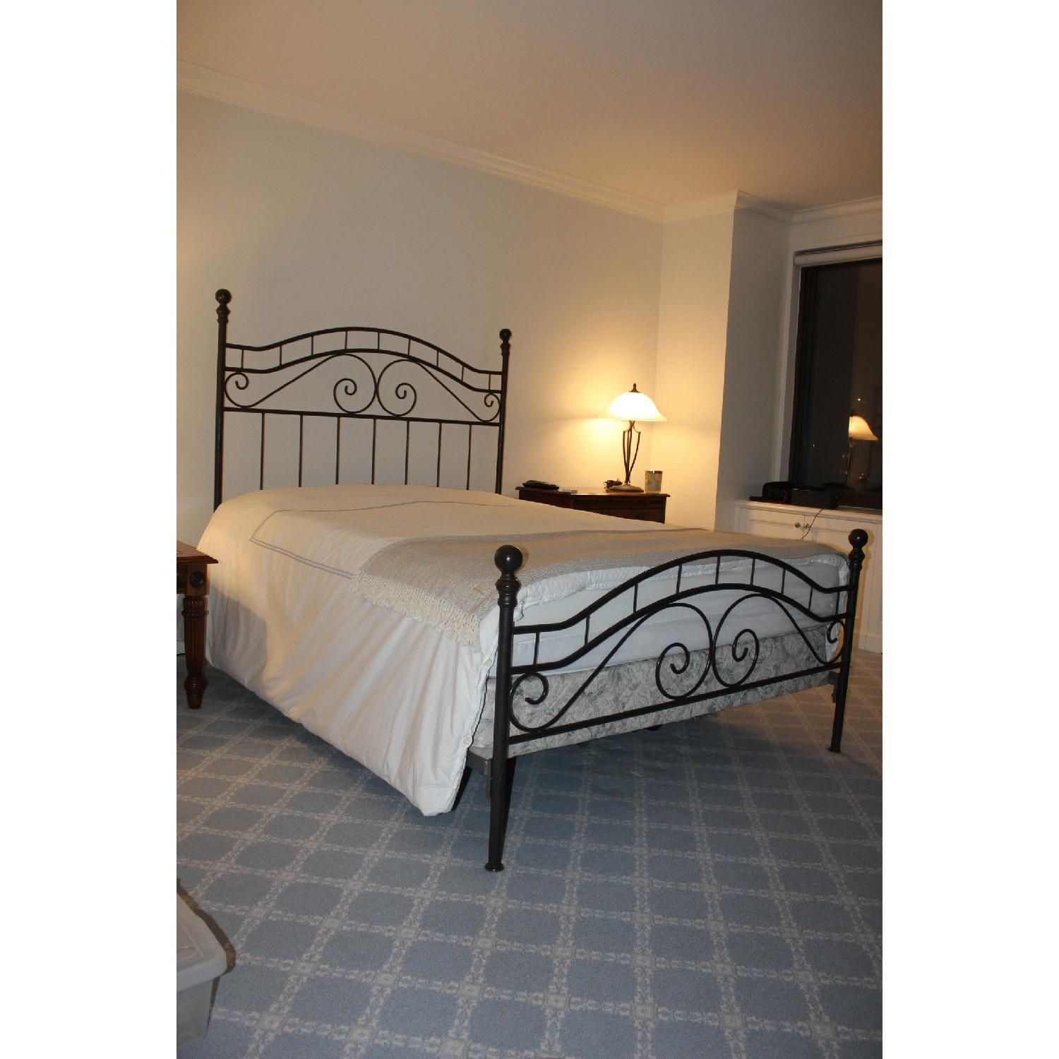 Wrought iron Queen Size Bed Frame Bed frames for sale