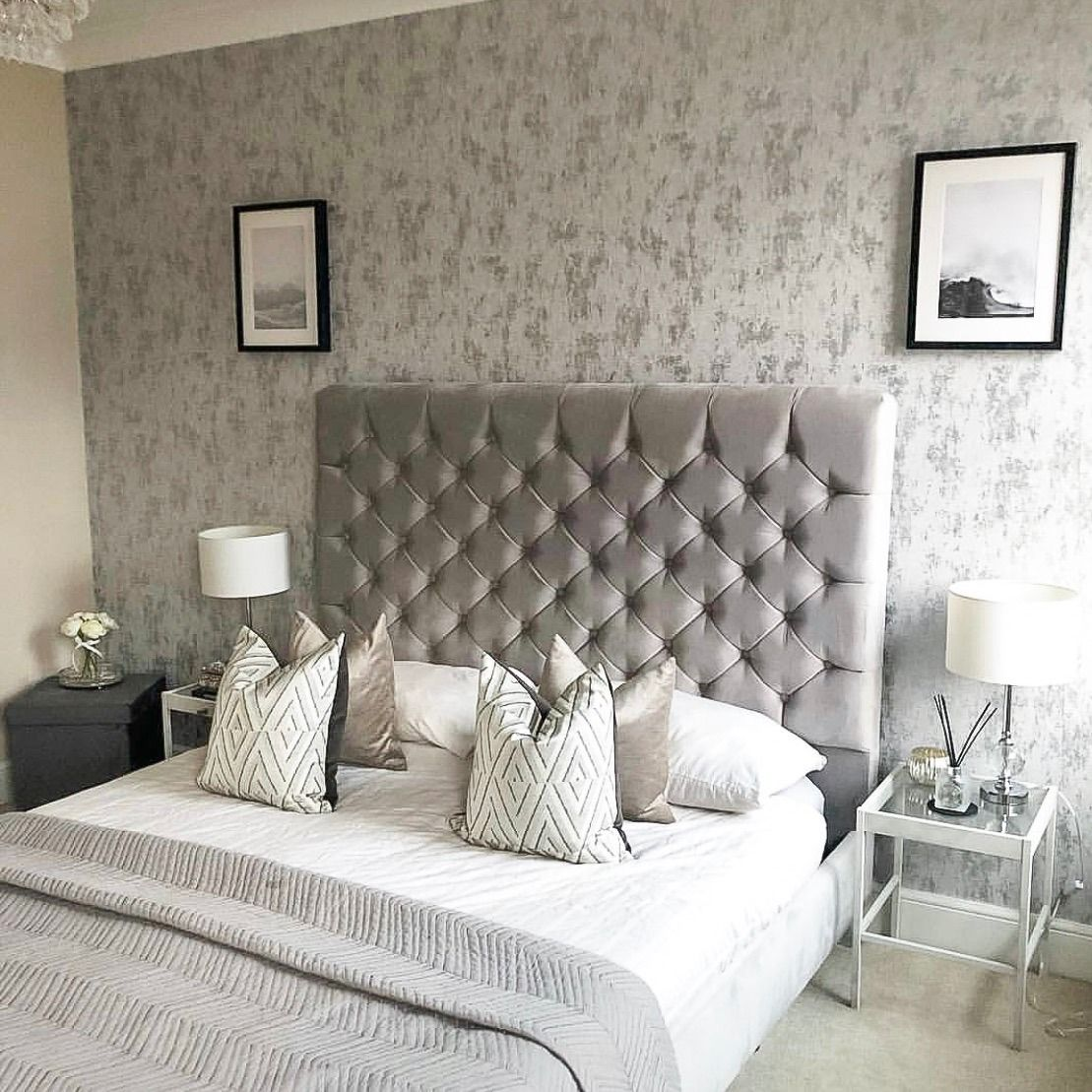 Beautiful Homeinterior Design: This Wallpaper Is A Beautiful , Contemporary Design That