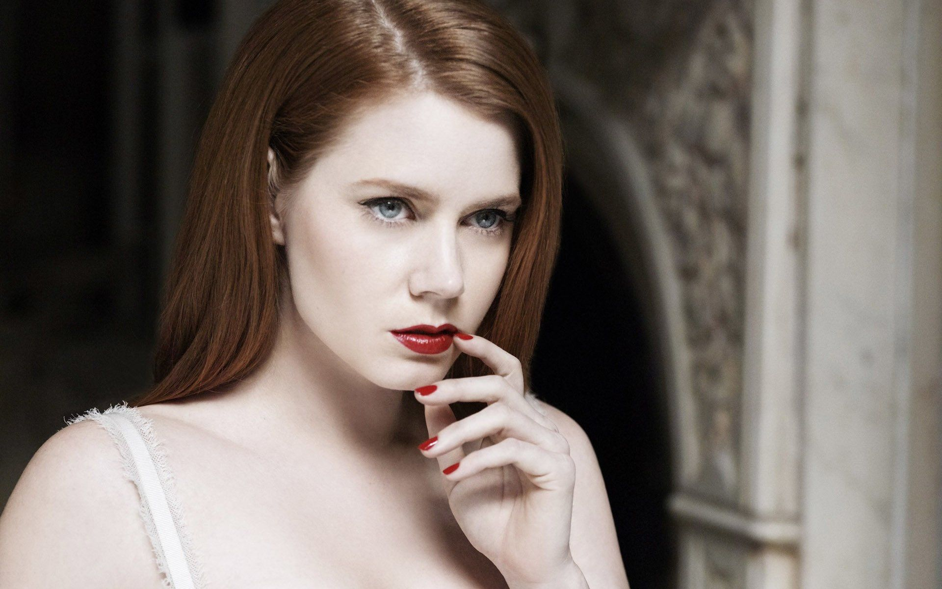 Celebrity Amy Adams Wallpaper With Images Actress Amy Adams Pale Skin Fair Skin