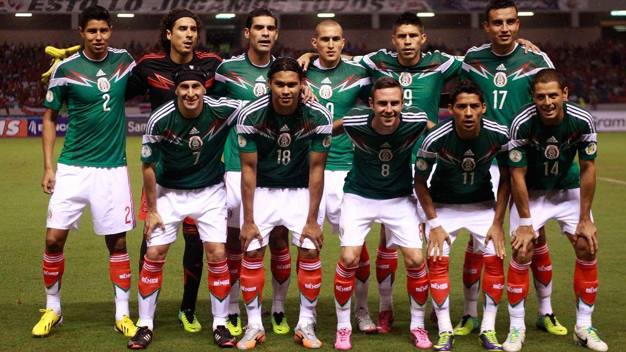 Mexican Soccer Team Wallpaper Wallpapersafari Mexico Team Soccer Mexico Soccer