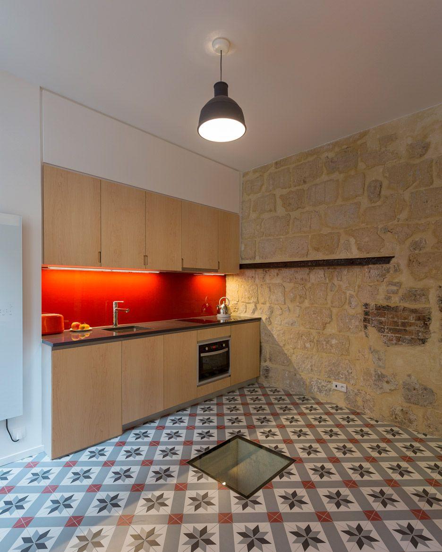 L-förmige modulare küche designs oneroom flat in paris by anne rolland architecte has a secret room