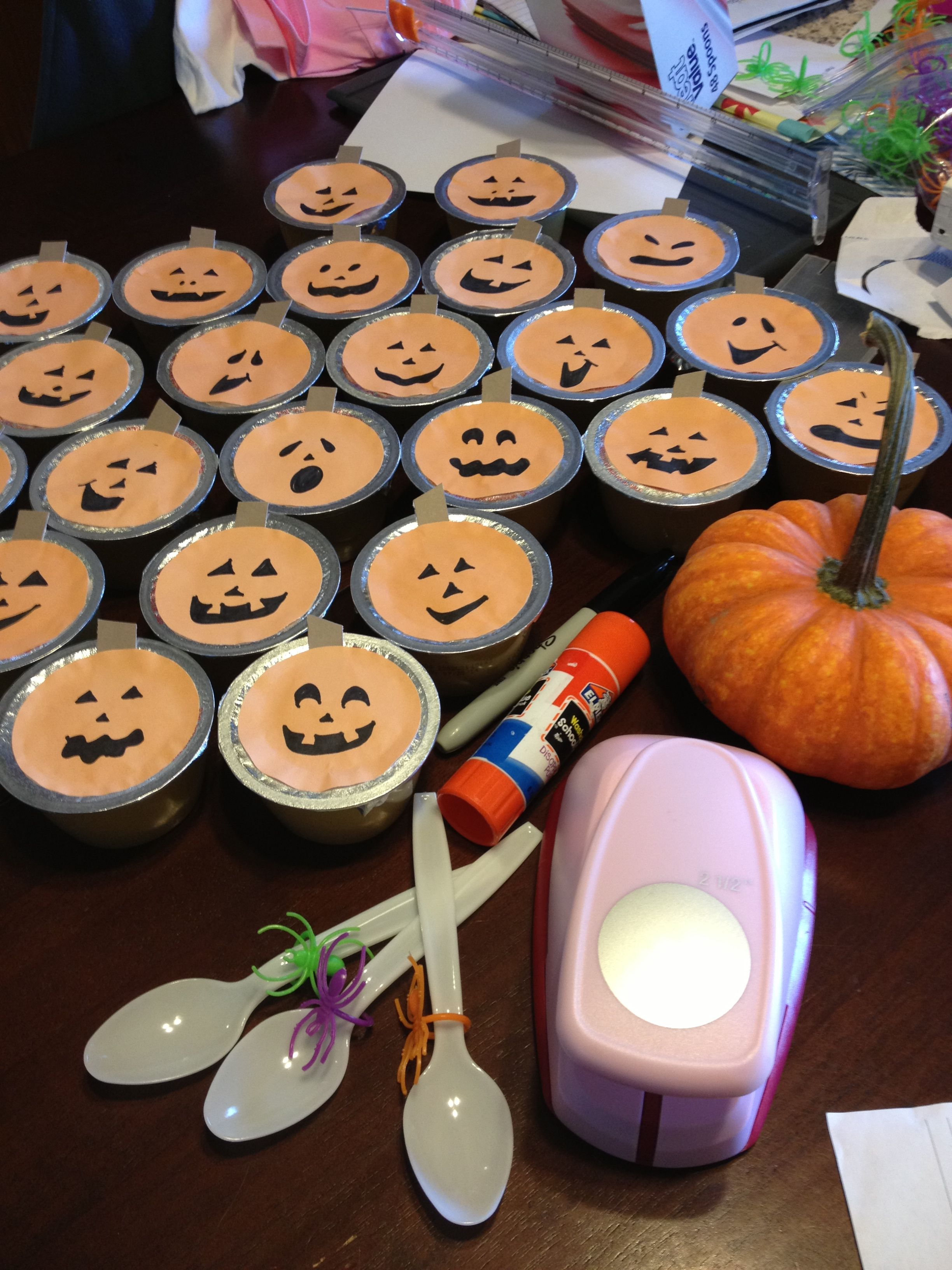 Decorate Applesauce Or Fruit Cups 2 1 2 Hole Punch On Orange Paper