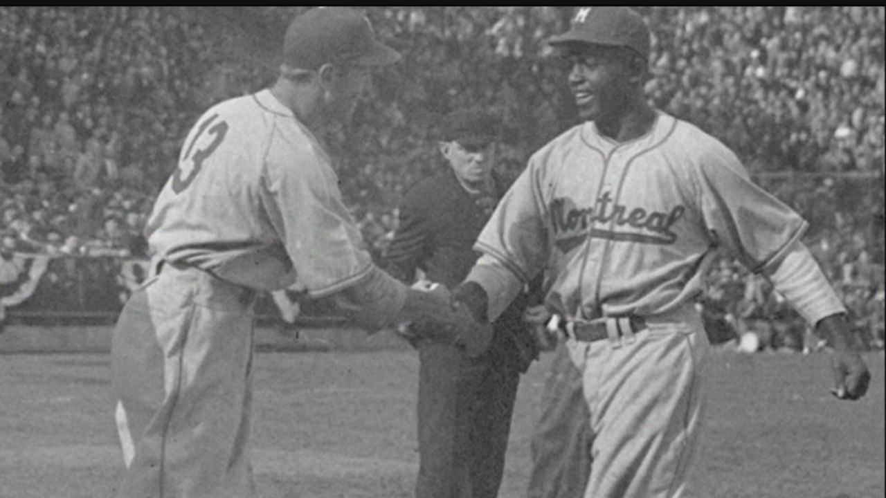 Statue Of First Interracial Handshake At Professional Baseball Game Being Built In Youngstown Sports Illustrated Youngstown Mlb Games