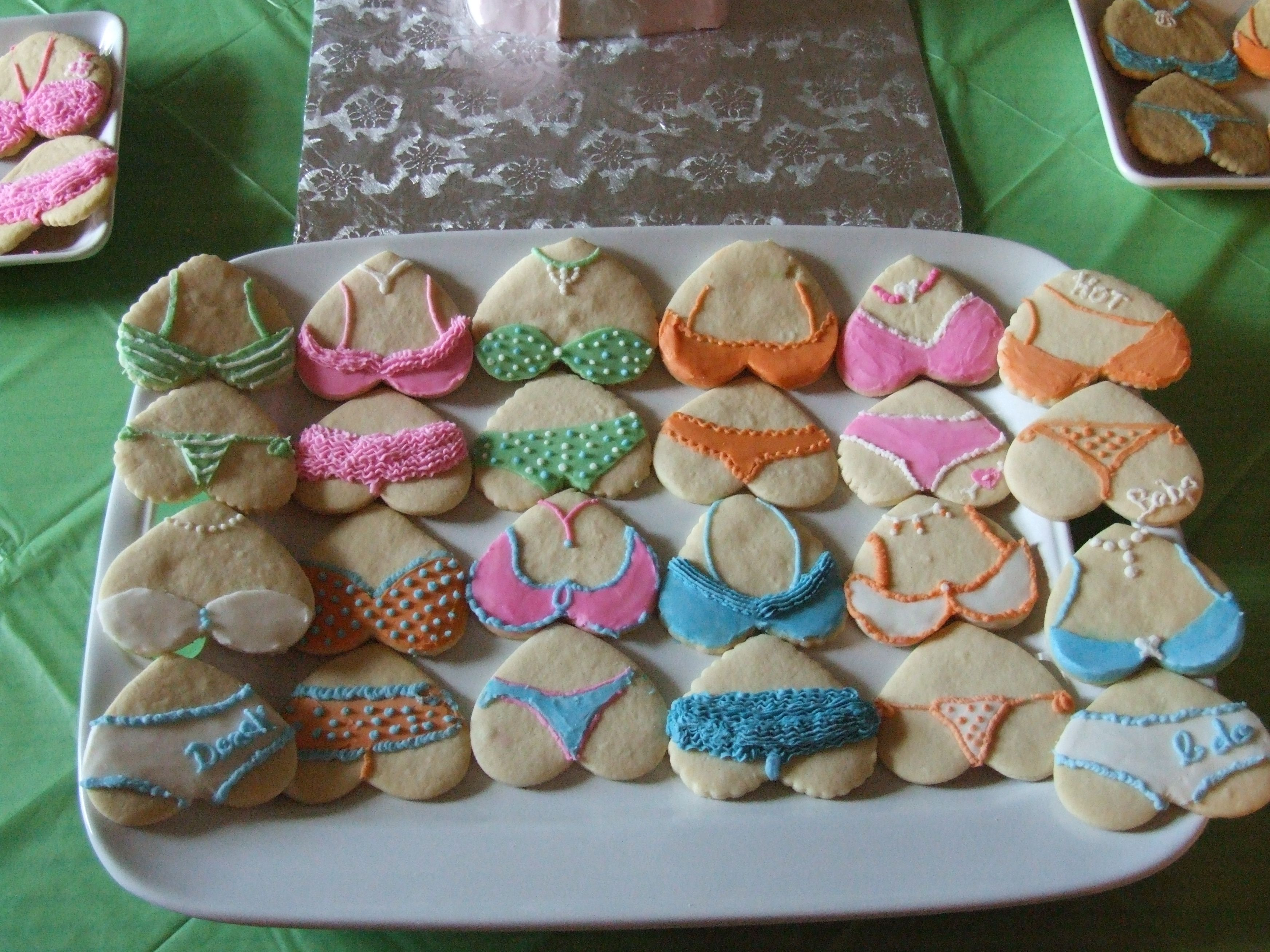 Tush Cookies Gluten free cakes, Cake shop, Sugar cookie