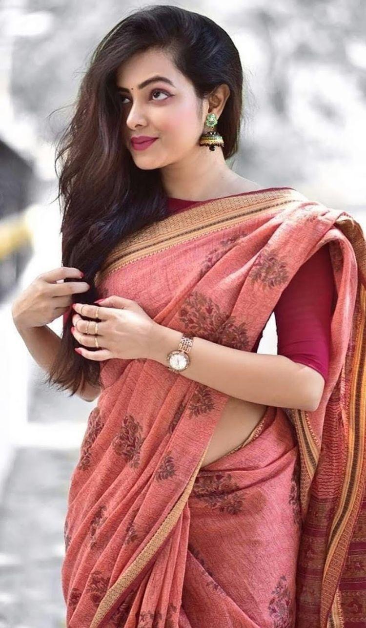 Women S Fashion Saree Blouse Designs Casual Saree Saree Look
