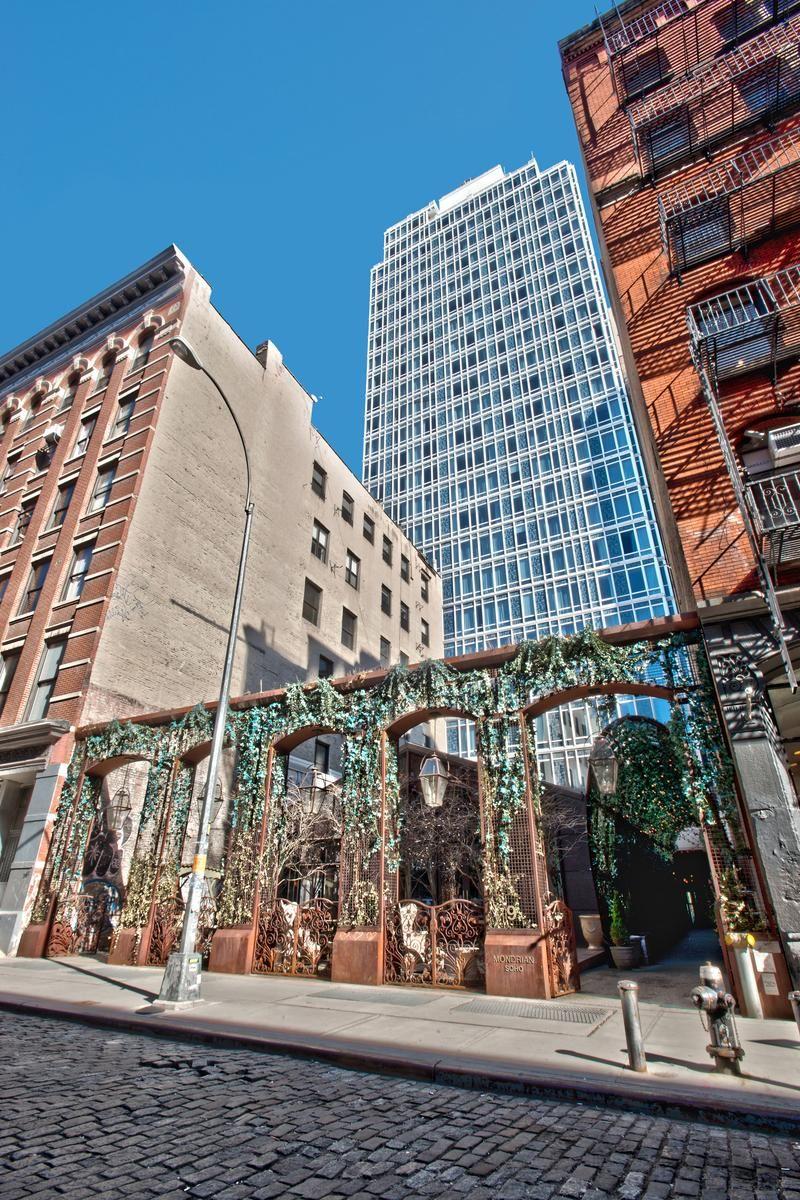 Weddings At Nomo Soho Hotel In New York Ny Wedding Spot Nomo Soho Hotel Nomo Soho New York Travel Guide