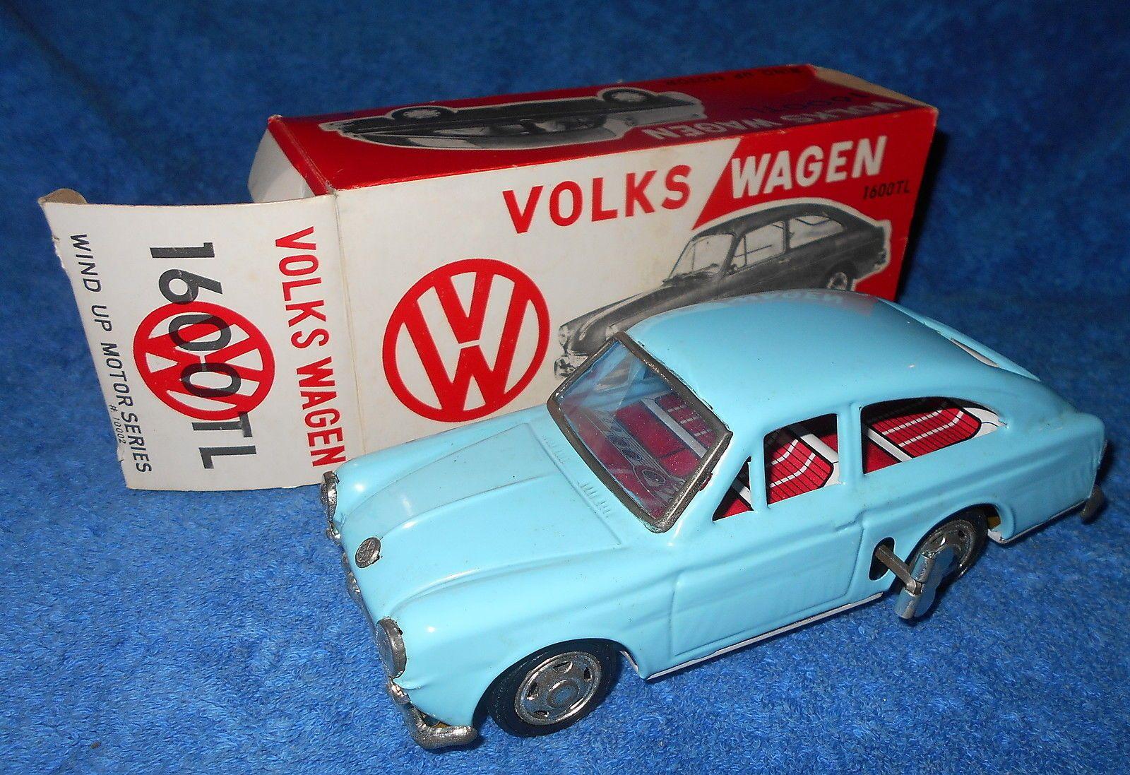 Volkswagen 1600TL Fastback Ichimura vintage Japanese clockwork