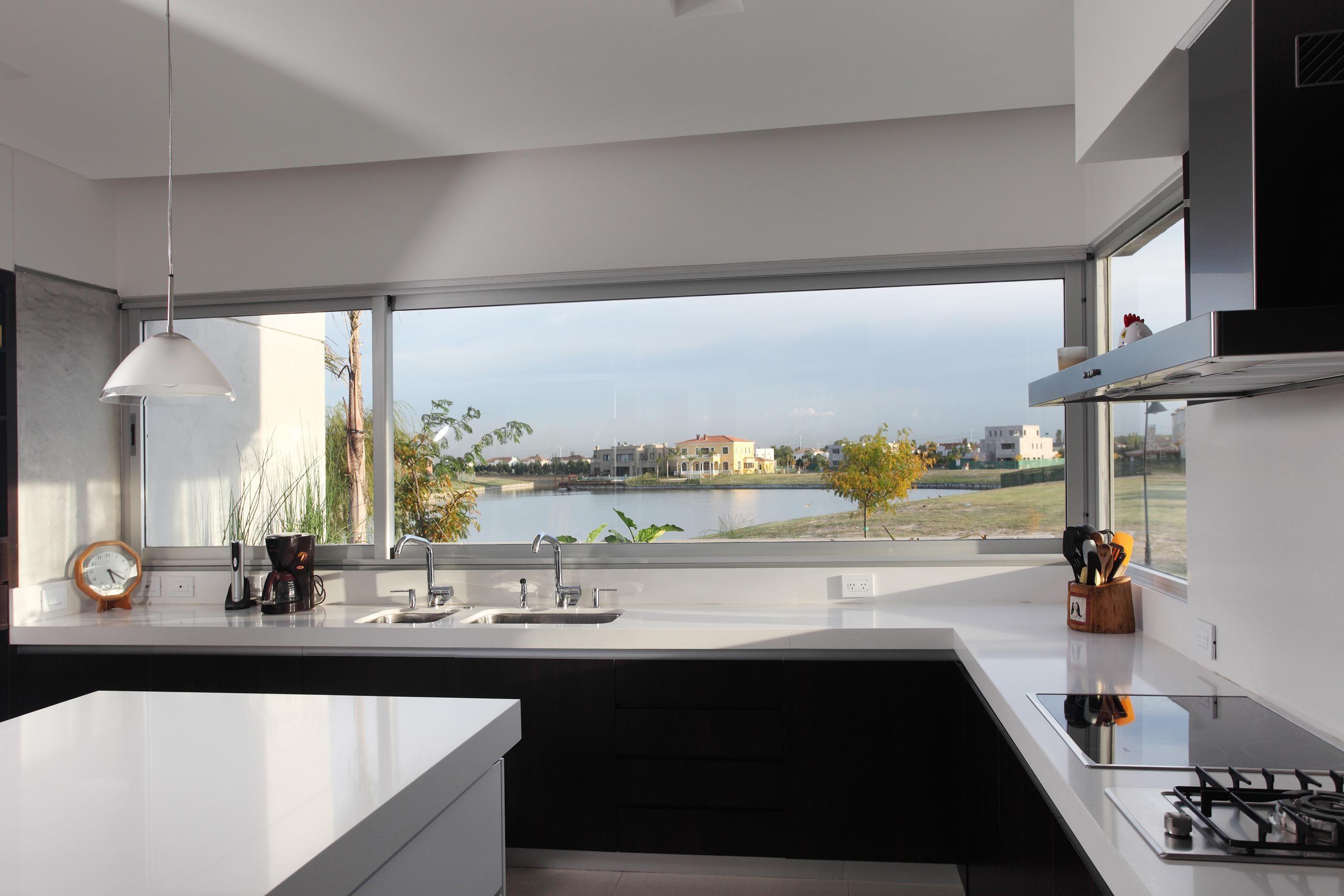 Black And White House Interior Design Decosee Com Minimalist Kitchen Interiors Minimalist Home Decor Minimalist Decor