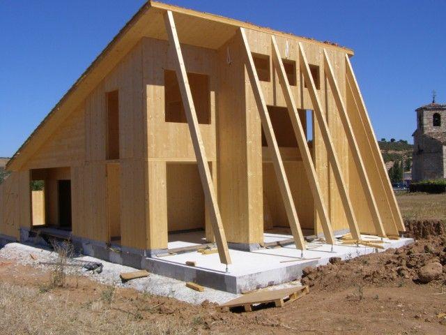Aplicaciones madera contralaminada klh vivienda - Estructura madera laminada ...