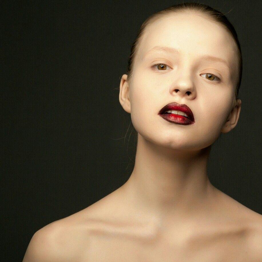 Makeup-Sabina Dipner