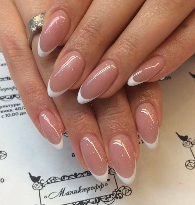 Pin By Erin Ireland On Paznokcid French Acrylic Nails White Tip Acrylic Nails Oval Nails