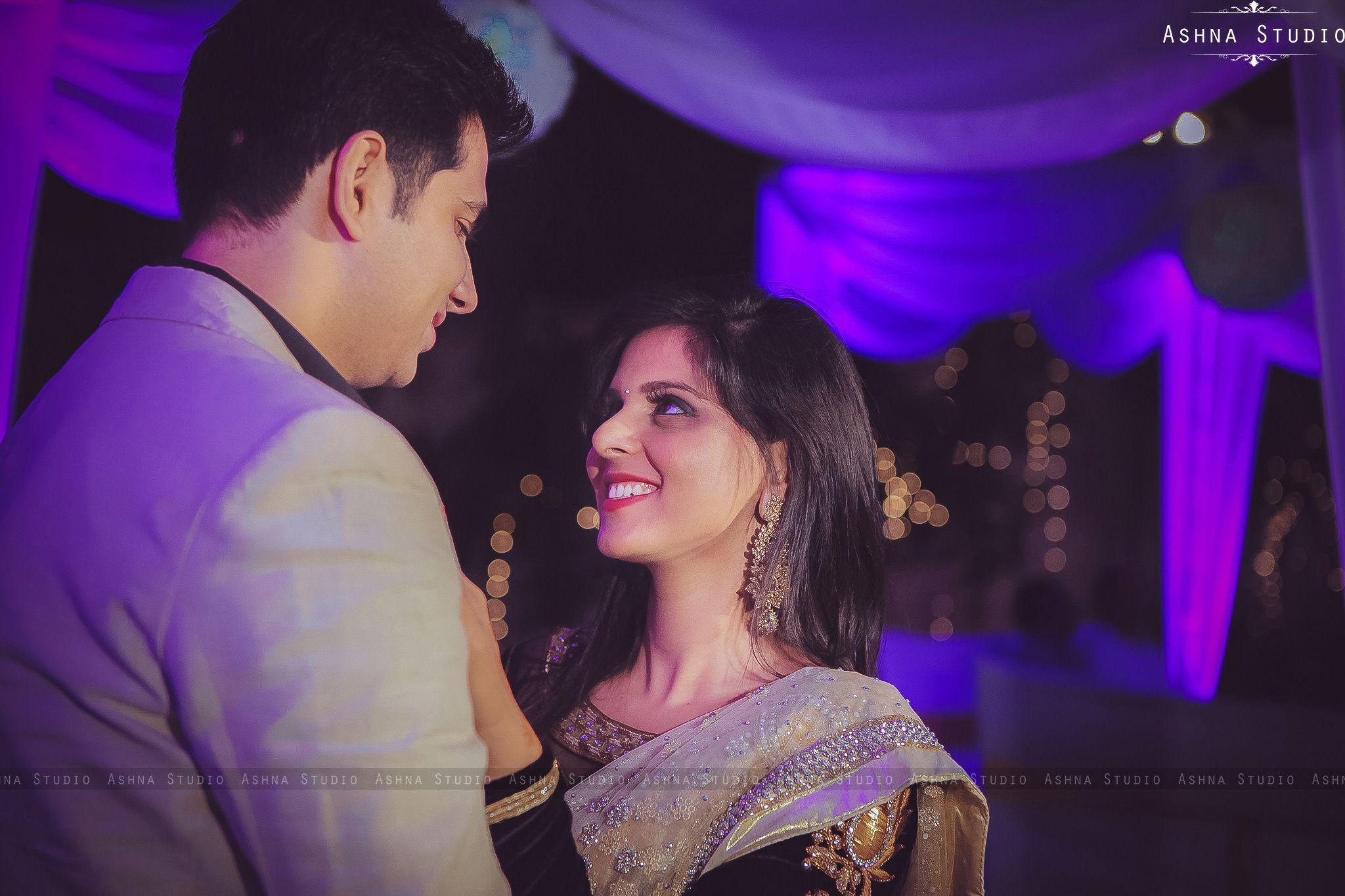#weddingcouple #indiancouple #weddingphotographerudaipur #weddingphotographerjaipur #destinationweddingphotographer #weddinginspiration #candidmoments #weddingmemories #ashnastudio #weddingdiaries #weddingsutra #wedmegood #postweddingphotoshoot