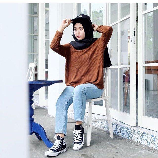 Fashion Hijab Dengan Celana Jeans