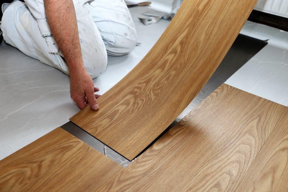Best Local Vinyl Floor Installation & Repair Contractors