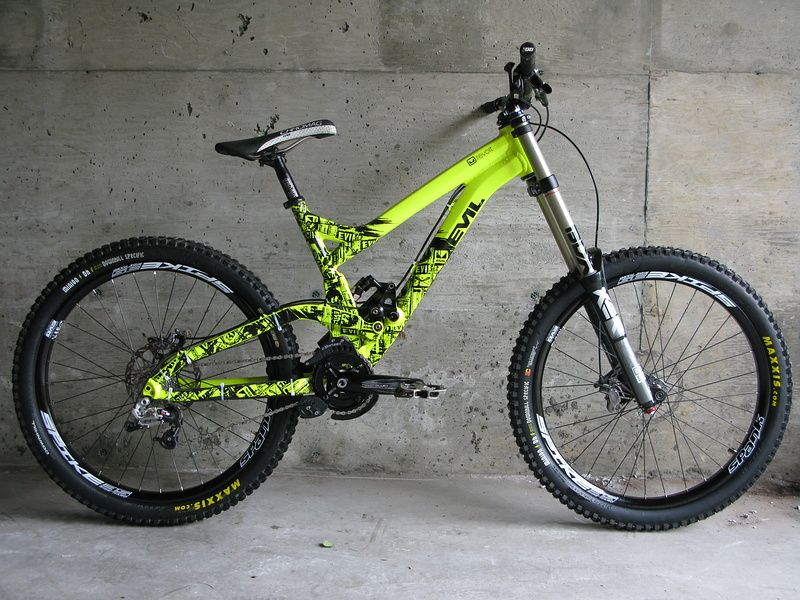 Evil Revolt Flouro Yellow Mongoose Mountain Bike Downhill