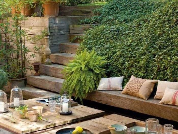 Comment avoir un joli jardin en pente? Jolies idées en photos et