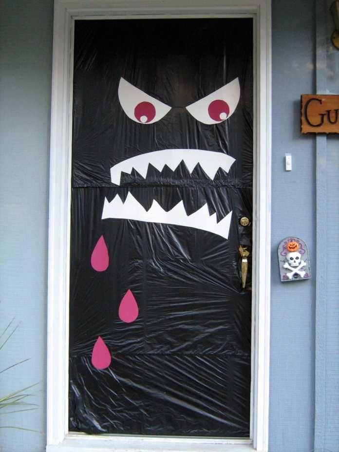 Resultado De Imagen De Decoracion De Puertas Para Halloween