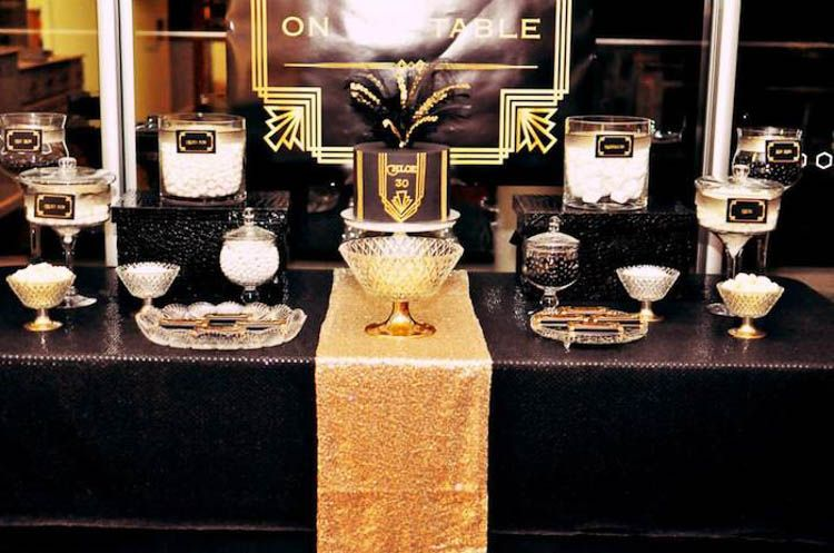15 Fun And Fancy Great Gatsby Party Decor Ideas Great Gatsby Themed Party Great Gatsby Party Gatsby Party Decorations