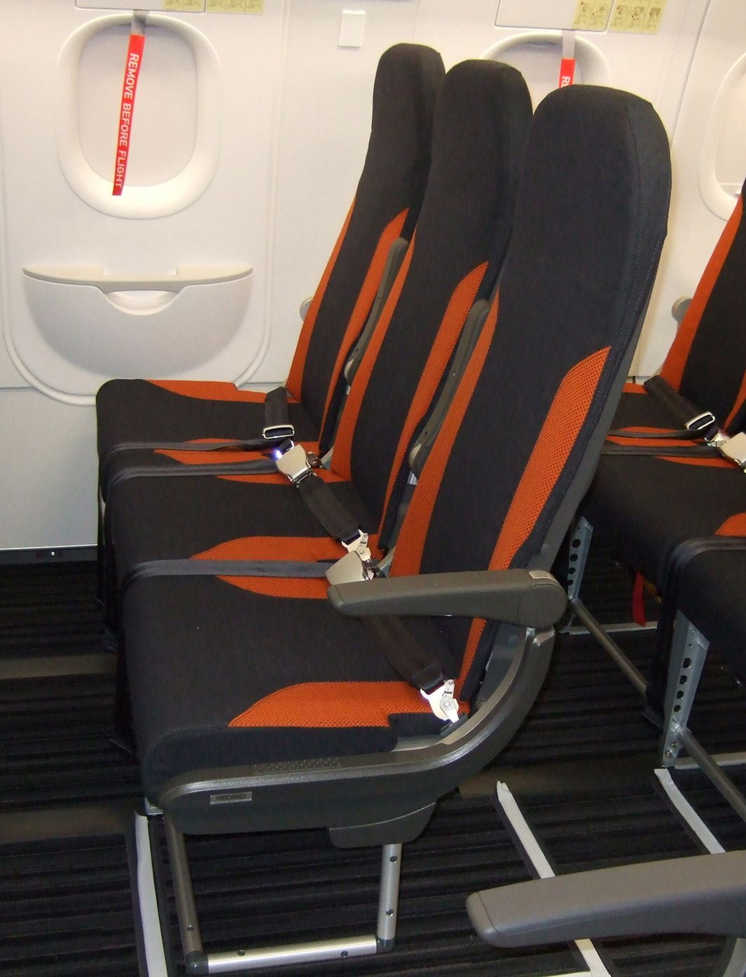 Pax international easyjet to equip new aircraft for International seating and decor