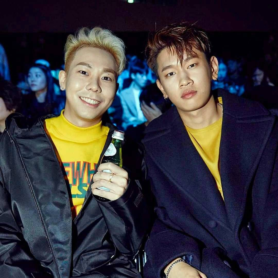 WHO WOULD STAY ALIVE SEEING THIS MEN IN ONE PICTURE?! #AOMG #FollowTheMovement #JayPark #박재범 #Elo #UglyDuck #Hoody #HoodyKim #SimonDominic #SimonD  #ChaChaMalone #DJPumkin #DJWegun #Hiphop #Khiphop #Rapper #TeamAOMG #ShowMeTheMoney #Korean #SMTM #그레이 #이성화 #Loco #로꼬 #쌈디 #크러쉬