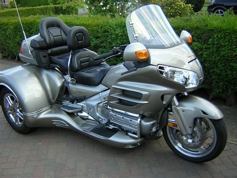 Goldwing trike   ultimate dream! I want it - not sure my