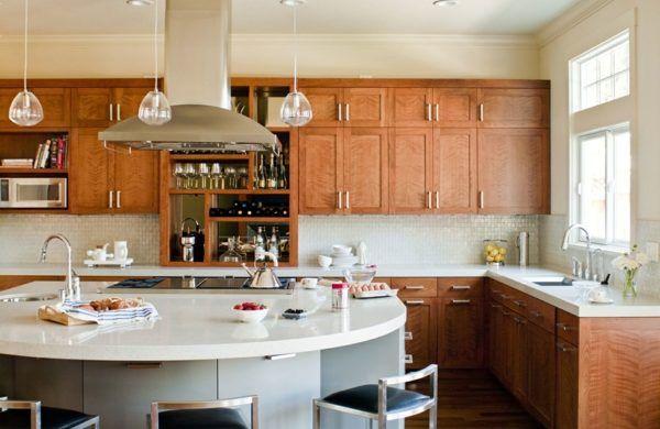 Küche Mit Kochinsel Ausgefallene Kücheninsel In Weiß Mit Stauraum. Modern  KitchensModern CakesKitchen ...