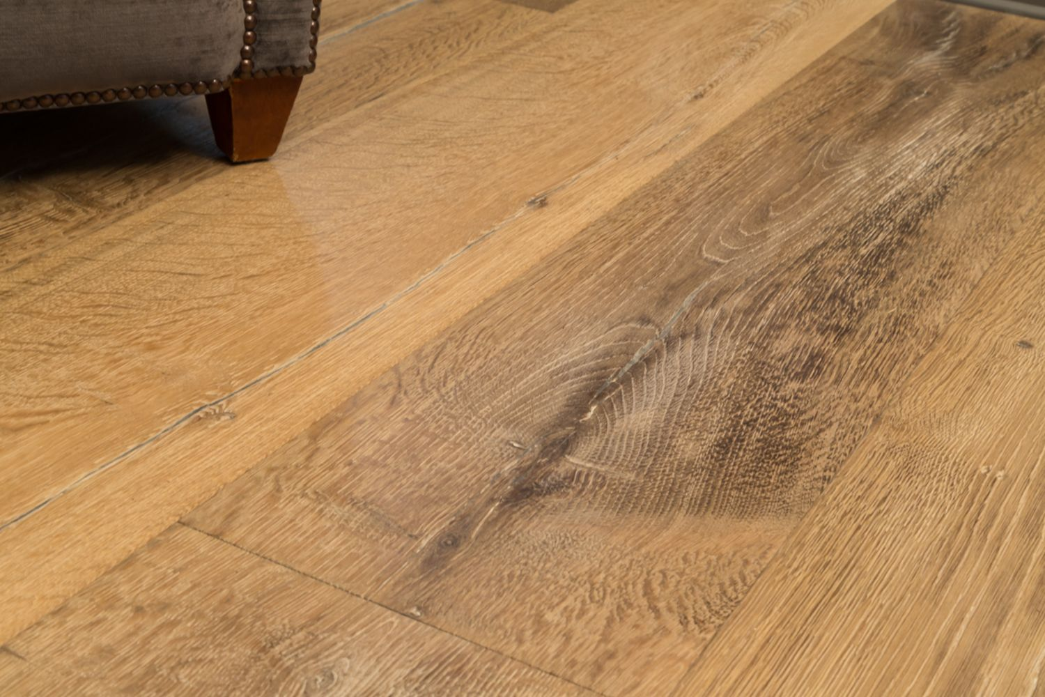 our sandstone engineered oak flooring is rustic grade meaning that it includes knots and colour. Black Bedroom Furniture Sets. Home Design Ideas