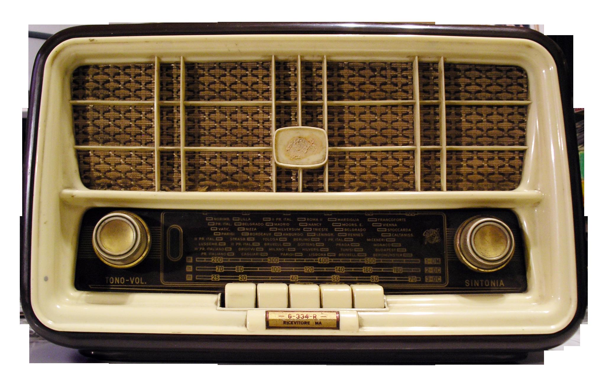 Vintage Radio On My Kitchen Table Growing Up Am Fm And Sw Shortwave Vintage Radio Antique Radio Retro Radios