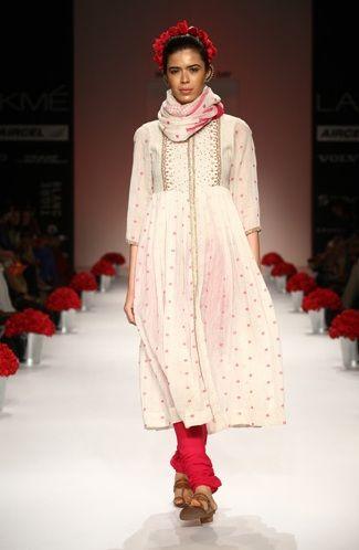 Soumitra Mondal Spring Summer Collection 2013 Marg Fashion India Fashion Traditional Fashion