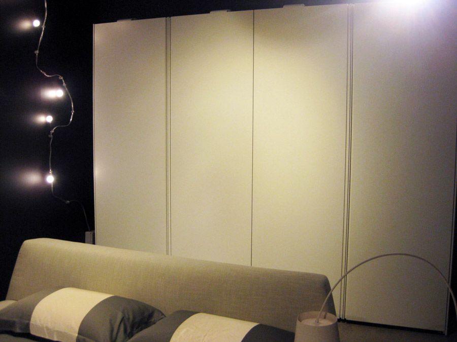 Armadio poliform mod ocean larghezza m 324 5 cm altezza for Cassettiere design outlet